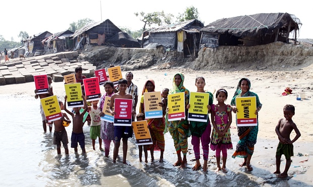 Victims of climate change and rising sea levels demand justice for climate refugees, in Kutubdia island, Bangladesh. Source: The Guardian, Zakir Hossain Chowdhury/Barcro